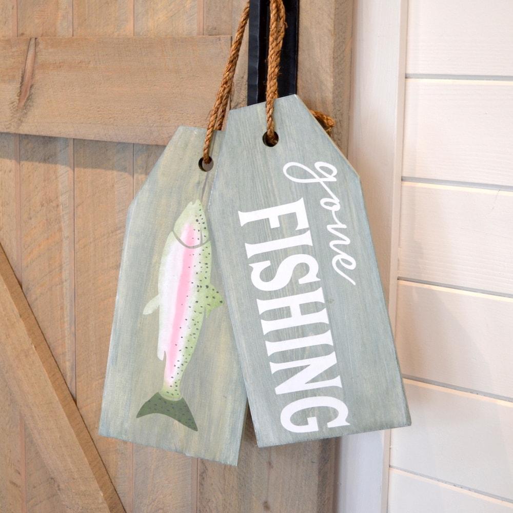 Gone Fishing-min