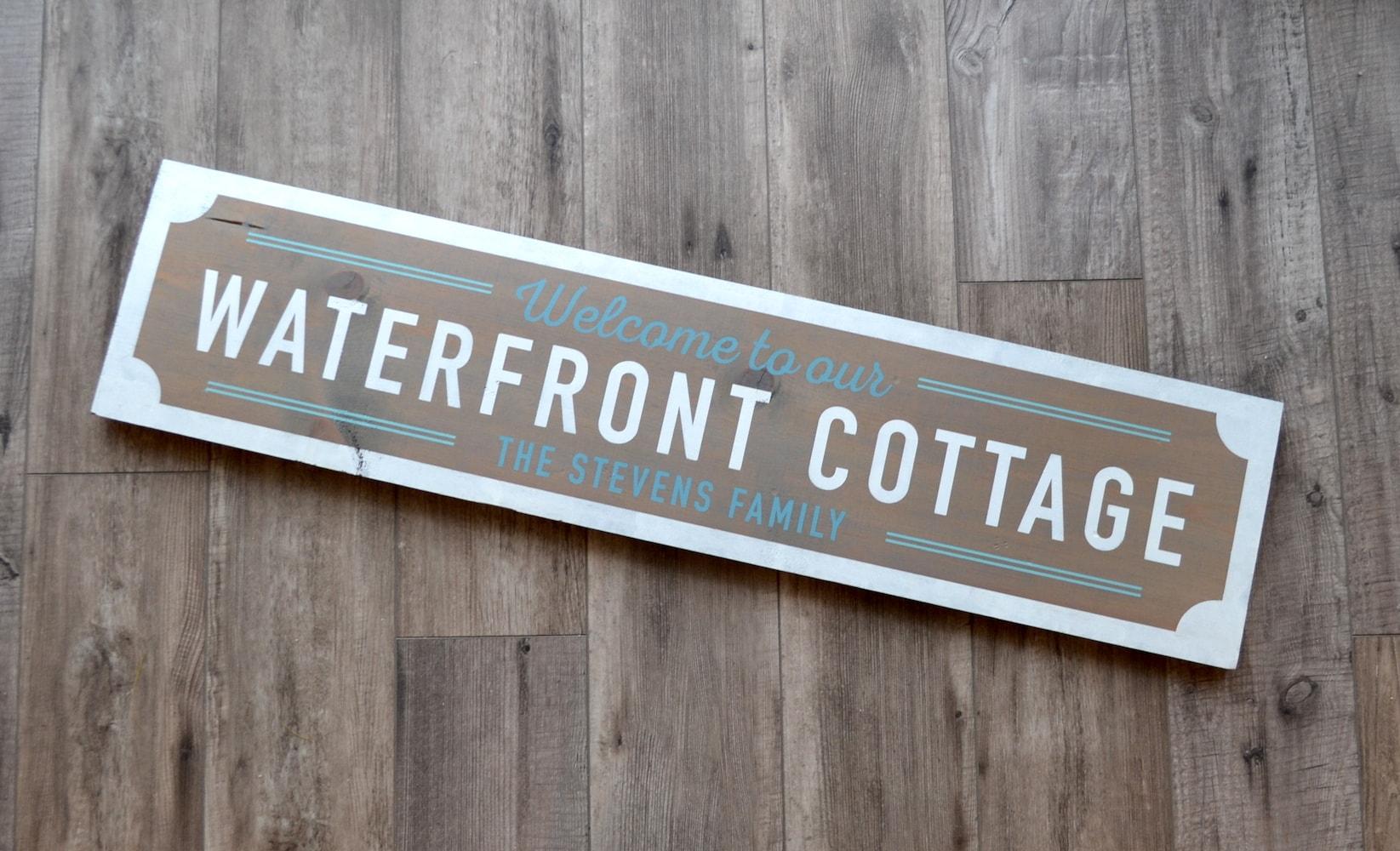 Vintage Cottage Sign-min